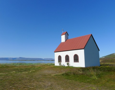Unadsdalur Kirche
